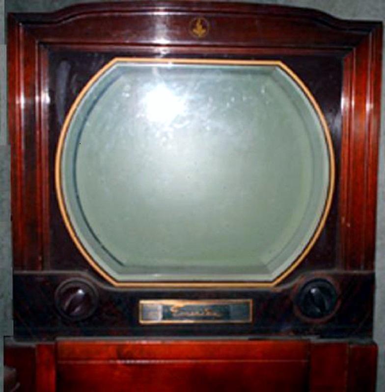 Raymond's Emerson Tv