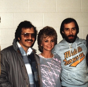 Barbara Mandrell (If Lovin You is Barbara Mandrell (If Lovin You is Wrong), Lee Greenwood (God Bless the U.S.A.)
